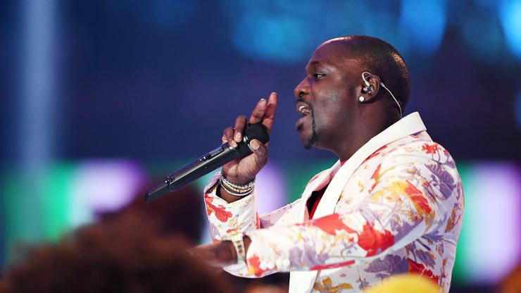 Akon Says The Rich Have More Problems Than The Poor