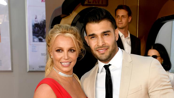 Britney Spears' Boyfriend Shuts Down Engagement Rumours After Posting Ring On IG
