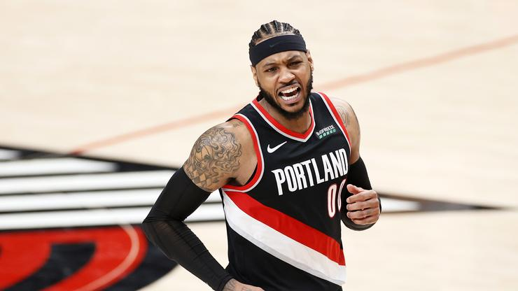 Carmelo Anthony Laughs At Notion Lakers Are Too Old