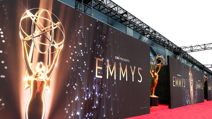 LL Cool J, Cedric The Entertainer, Lil Dicky, & Rita Wilson Perform Biz Markie Tribute At Emmys