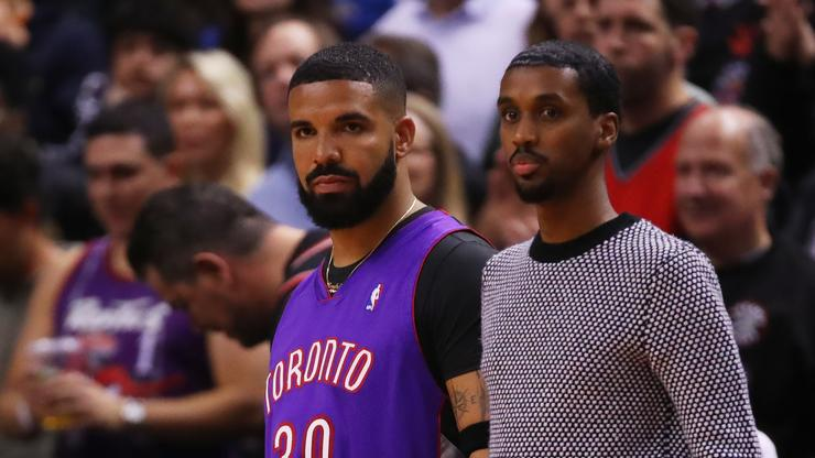 Drake & Tory Lanez Are Hooping In Miami