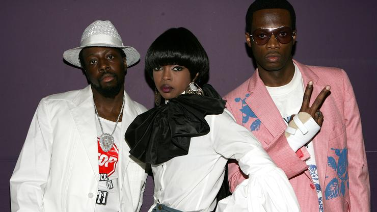 """Fugees Kick Off Reunion Tour, Lauryn Hill Says """"Respect The Miracle"""""""