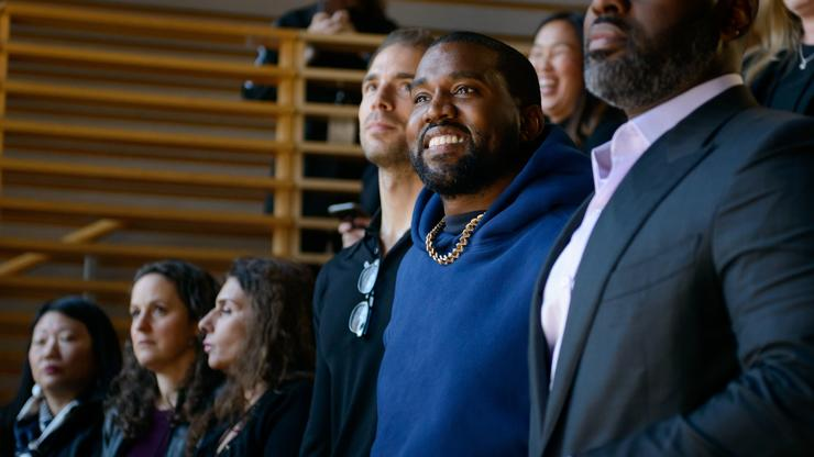 """Fans React To Kanye's Yeezy GAP """"Perfect Hoodie"""" Drop"""