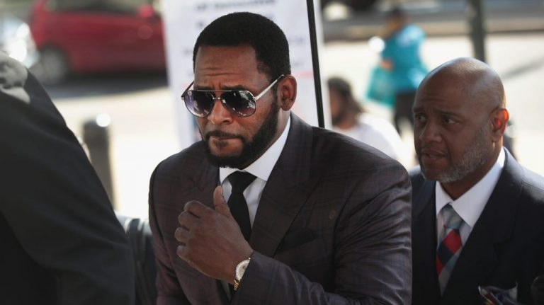R. Kelly Found Guilty In Federal Sex-Trafficking & Racketeering Trial – VIBE.com