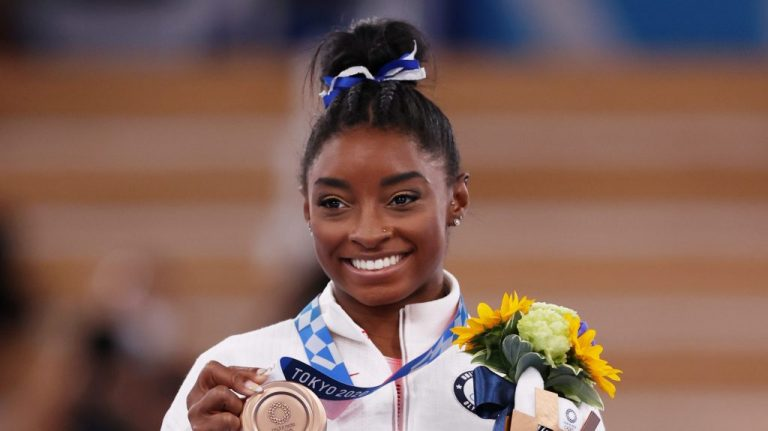 Simone Biles Opens Up About Withdrawal From Olympics – VIBE.com