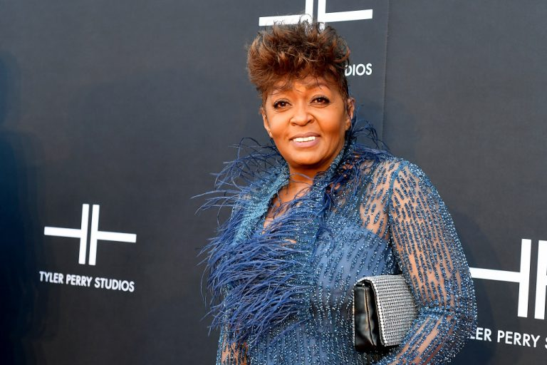 Anita Baker Obtains Masters, Gives Green Light To Stream Her Music – VIBE.com