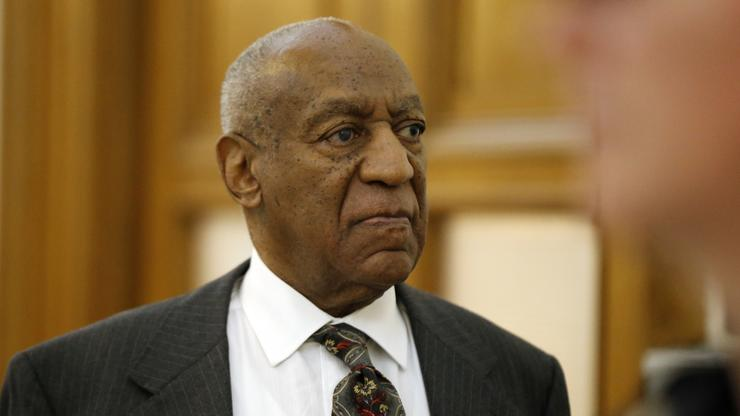 """Bill Cosby's Publicist Catches Heat For R. Kelly """"Railroaded"""" Comments"""