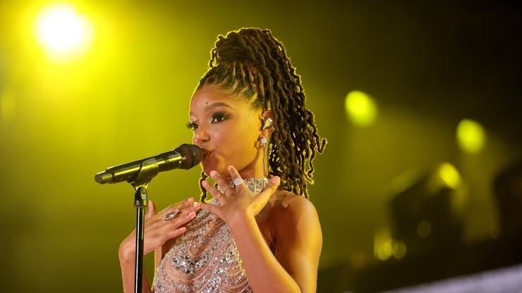 """Halle Bailey Sings """"Can You Feel The Love"""" In Honour Of Disney World's 50th Anniversary"""
