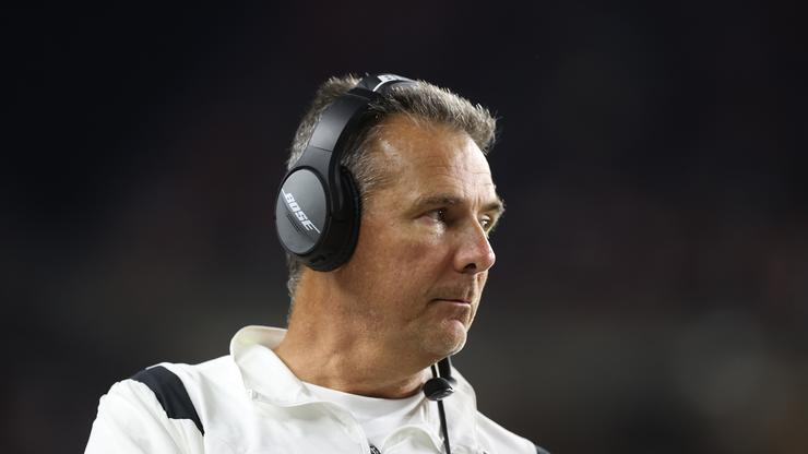 Urban Meyer Apologizes Over Viral Video In Which He Got Caught In 4K