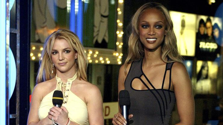 """Tyra Banks Teased For Her Attempt At A Britney Spears Homage On """"DWTS"""""""