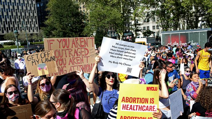 Texas' Six-Week Abortion Ban Halted With Temporary Restraining Order From Judge