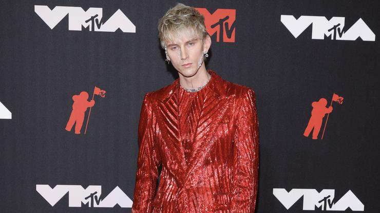 Machine Gun Kelly Won't Face Charges In Alleged Parking Lot Attack: Report