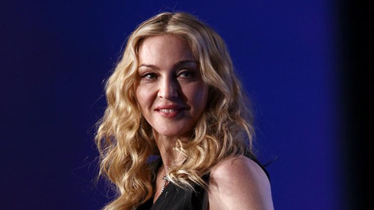 """Madonna Flashes Backside, Lays Across Desk On """"The Tonight Show Starring Jimmy Fallon"""""""