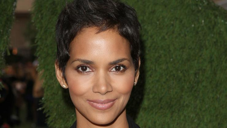 """Halle Berry's MMA Film, """"Bruised,"""" Lands New Trailer"""