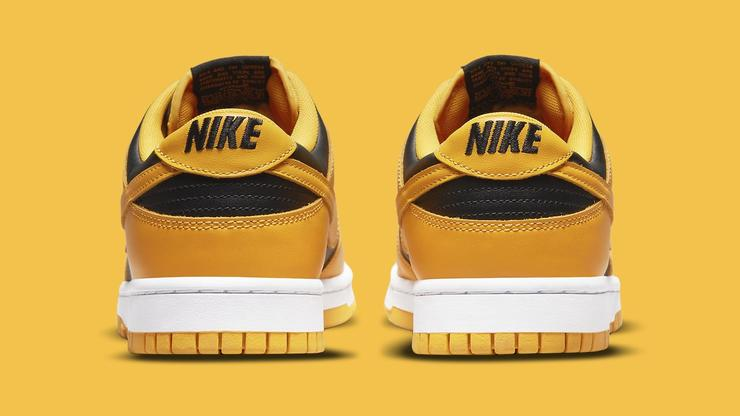 """Nike To Release """"Iowa"""" Dunks As Lows: Photos & Release Details"""