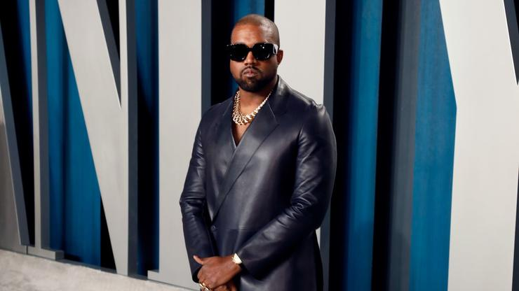Kanye West Flamed After Recent Photo With Patchy Hair Goes Viral