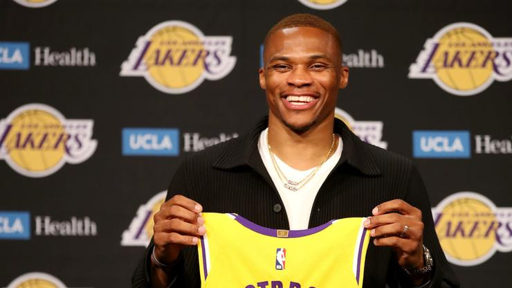"""Russell """"Westbrick"""" Trends After Lakers Lose On Opening Night"""