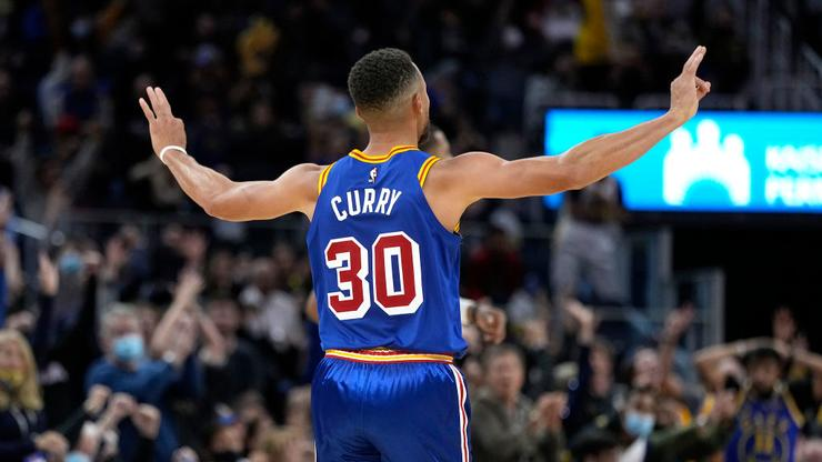 Steph Curry Reacts To Being Named To NBA 75 List