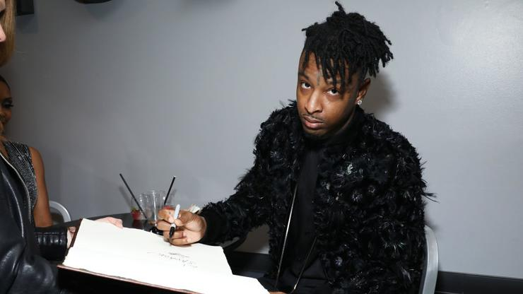 21 Savage Shows Off NSFW Birthday Cake, Fans Think He Hit The Latto