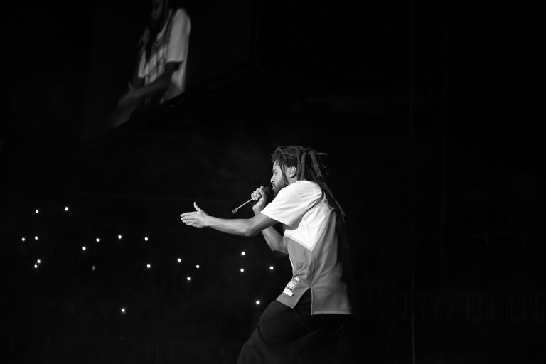 J. Cole Claims He's the Mt. Rushmore of His Era on 'The Off-Season Tour' – VIBE.com