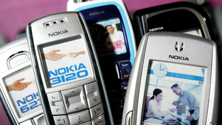 Nokia To Release Modern Version Of Classic 6130 'Brick' Phone – VIBE.com