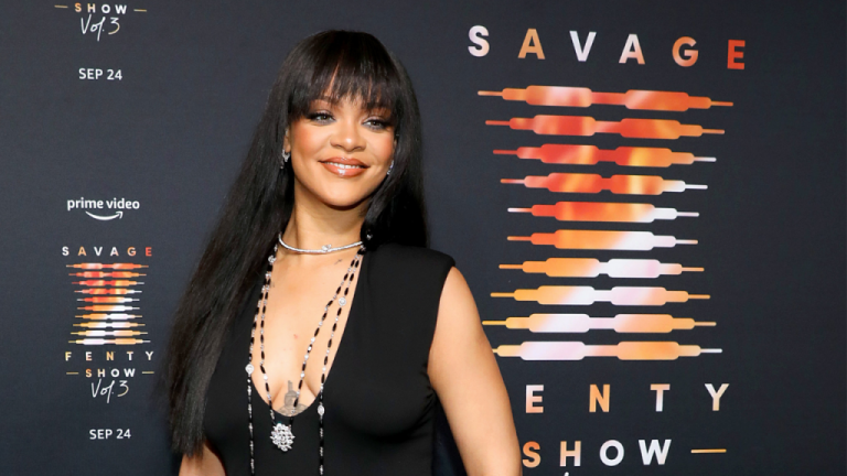 Rihanna Set To Open Savage X Fenty Physical Store Locations – VIBE.com