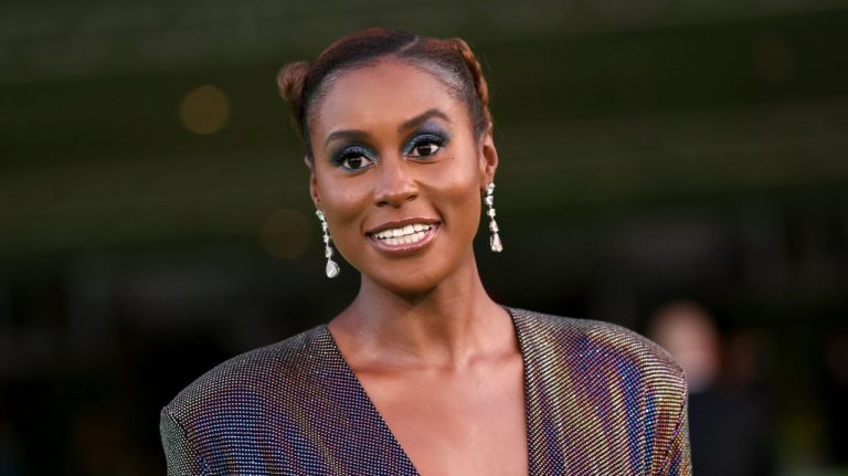 Issa Rae Shares Why She Isn't Falling Into Hollywood Peer Pressure – VIBE.com